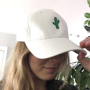 Accessories - Cute Cactus baseball cap